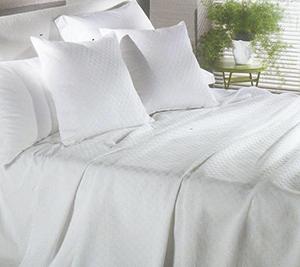 Lenzuola e cuscini alberghieri